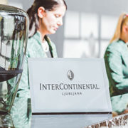 InterContinental-hotel-welcomes-guests-on-Place-Play-from-Visionect